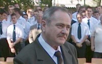 Elhunyt Tölli Lajos tanár úr