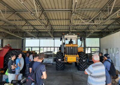 2021 06 21 peldaerteku mezofoldi agrarvallalkozasokhoz latogattak el a seregelyesi kozepiskola tanuloi 0